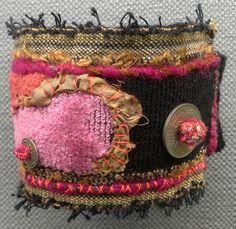 Bracelet/manchette textile esprit baroque par VeronikB sur Etsy