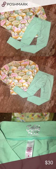 Justice Cupcake Long Sleeve Shirt/Leggings Size 8 Justice Cupcake Long Sleeve Shirt/Leggings Size 8 - Mint Green Solid Full Length Leggings - Excellent Condition Justice Matching Sets