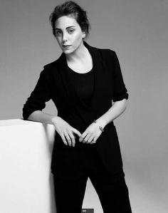 Öykü Karayel Turkish Women Beautiful, Turkish Beauty, Turkish Actors, In A Heartbeat, Pretty Woman, Normcore, Celebrities, My Style, How To Wear