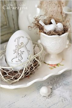 Decorate with a lovely monogrammed Easter egg. Subtle, stylish, and slightly shabby-chic.