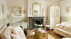 15 Shabby Chic Living Room Designs That Are Suitable For Your Minimalist Home Shabby Chic Lounge, Shabby Chic Mode, Cocina Shabby Chic, Salon Shabby Chic, Casas Shabby Chic, Shabby Chic Stil, Shabby Chic Kitchen Decor, Shabby Chic Interiors, Shabby Chic Furniture