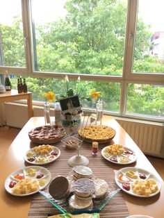 Snacking table #afternoonparty #diy