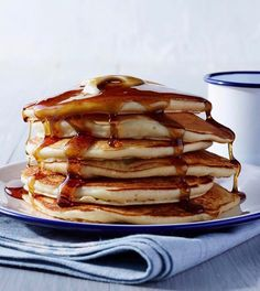 Believe it or not, syrup isn't so bad for you. It's packed with tons of beneficial antioxidants. Image @real_simple #syrup #brunch #pancakes