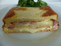 Ham and cheese croque-cake, Ptitchef recipe Ham And Cheese, Wrap Sandwiches, How To Treat Acne, Crackers, Treats, Snacks, Healthy, Ethnic Recipes, Food
