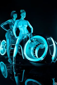 Tron body paint via smutgasboard