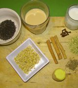 Chai-Tee: Orientalisches aus dem Glas - Er ist längst Trend in den Kaffeeläden: Der Chai-Tee. Die TK hat für euch ein leichtes und leckeres Rezept zusammengestellt.