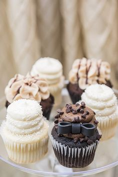 These Gigi cupcakes look so delicious from Fredrick and Onteria's wedding! Can we have one? Yummy