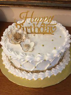 Buttercream Decorating, Cake Decorating Designs, Creative Cake Decorating, Birthday Cake Decorating, Cake Decorating Techniques, Creative Cakes, Elegant Birthday Cakes, Beautiful Birthday Cakes, Cool Birthday Cakes