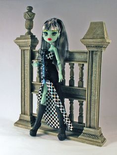 Monster High doll Black and Blue gown for by aGhoulsNightOut