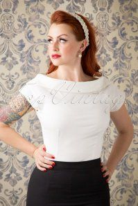 Collectif Clothing Cordelia Top in Ivory 110 50 14831 20151016 433W