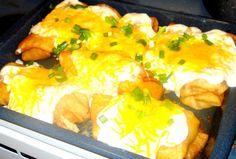 I USED THE RECIPE FOR THE CREAM CHEESE SAUCE Pollo Fundido Chicken Recipe - Blissfully Domestic