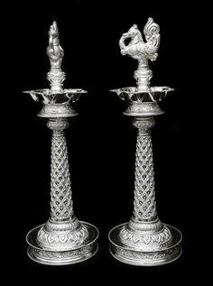 New House Decorations Vintage Products Ideas Silver Jewellery Indian, Silver Jewelry, Kerala Jewellery, Antique Lamps, Antique Silver, Indian Lamps, Silver Pooja Items, Backsplash Wallpaper, Pooja Room Design