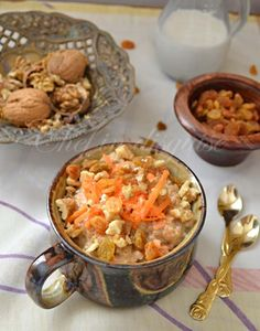 chef in disguise: carrot cake oatmeal. All the joys of carrot cake at a fraction of the calories