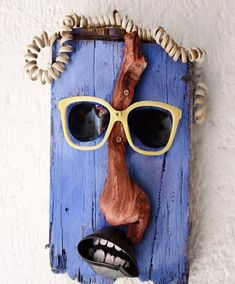 Ray Charles * * * * * * 🔼folow if you like my art * * * * * * * % plastic from ocean 🐋🦀🐠🌐 * * * Found Object Art, Found Art, Aluminum Can Crafts, Small Canvas Paintings, Driftwood Wall Art, Home Design Diy, Metal Art Projects, Jar Art, Scrap Metal Art