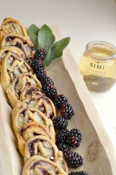 Msg 4 21+ This easy brie + blackberry pinwheel appetizer only requires four ingredients! It pairs perfectly with wine, and Simi\'s stacked wine 4-packs allow you to take your party \