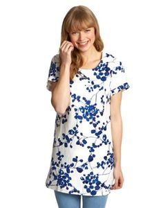 Joules Womens Tunic, Creme Bud.                     A bright and breezy tunic set for days in the sun. The lightweight fabric decorated with a watercolour pattern will make it a wonderful addition to your wardrobe.