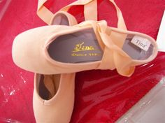 I think Tina are a Chinese brand,i`m not sure. Pointe Shoes, Ballet Shoes, Dance Shoes, Brand Me, Chinese, Fashion, Ballet Flats, Dancing Shoes, Moda