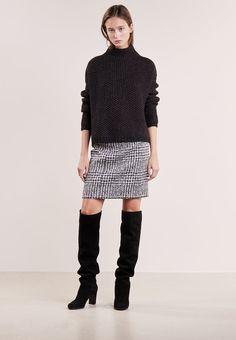 8c92c03814e61b 23 Best Zalando ♥ Szkocki Styl images in 2018   Accessorize skirts ...