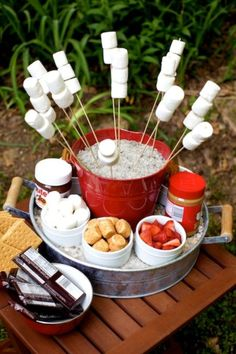 A mini campfire for your outdoor #graduation party.