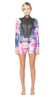 surfing suits for women / spring suits / kassia Blind Stitch, Surf Gear, C 18, Womens Wetsuit, Surf Style, Sporty Style, One Piece For Women, Jumpsuits For Women, Cool Girl