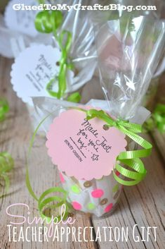 Simple Teacher Appreciation Gift Idea #spon