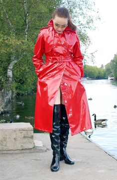 Alle Größen | Shiny Red PVC Trench Coat Spy Princess 07 | Flickr - Fotosharing!
