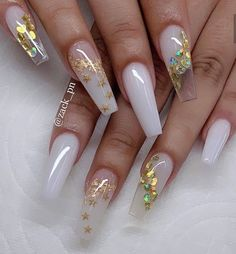 30 Alluring Acrylic Valentine's Nails Design To Show Your Love 2020 - Page 5 of 5 - Latest Fashion Trends For Woman White Acrylic Nails, Summer Acrylic Nails, Best Acrylic Nails, Wedding Acrylic Nails, Wedding Nail, White Acrylics, Spring Nails, Nail Design Glitter, Cute Acrylic Nail Designs