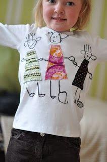 lilla a: T-shirt med applikationer