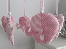 Mobile  -  Elefanten,Herzen,Sterne rosa