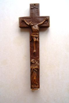Biedermeier Buchsbaumkreuz Reliquienkreuz Klosterarbeit Jesus Maria Bein um 1830