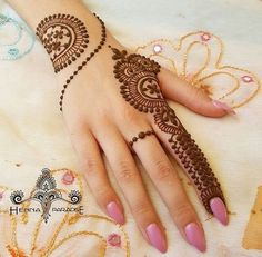 Mehndi designs are applied on hands and feet at imperative weddings and other occasions. Today, Mehndi is exceptionally prevalent in Eastern nations. Henna Hand Designs, Henna Tattoo Designs, Mehndi Tattoo, Henna Tatoos, Mehndi Designs Finger, Mehndi Designs For Beginners, Mehndi Designs For Girls, Mehndi Designs For Fingers, Best Mehndi Designs