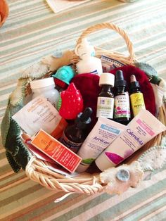 Morning Glory Garden Playschool: Our Healing Basket some notes on putting together one for your family or classroom Natural Medicine, Herbal Medicine, Sick Day Essentials, Health And Beauty, Health And Wellness, Healthy Junk, Healthy Living, Holistic Healing, Holistic Wellness