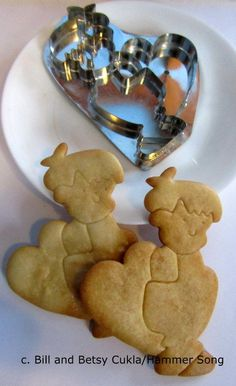 """HAMMER SONG/B.CUKLA BOY W VALENTINE *NEW DESIGN* COOKIE CUTTER/TIN/ LIMITED RUN . The companion cutter to Betsy's """"MARY JANE SWEET"""" cookie cutter is cute as the dickens if Betsy may say so! On EBAY thru January 24th. Have fun decorating """"LITTLE BOY BASHFUL""""."""