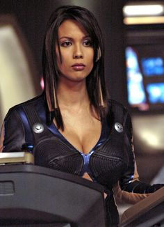 Say what you want about the Sci Fi, Andromeda was worth a look see for Lexa Doig's character. Science Fiction, Fiction Movies, Sci Fi Movies, Sci Fi Tv Series, Sci Fi Tv Shows, Female Actresses, Actors & Actresses, Art Pulp, Concept Art Landscape