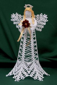 Crochet Christmas angels ideas, lets put some flowers in our Angels hands.