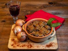 Gulasch triestino, spezzatino tradizionale Chana Masala, Pudding, Ethnic Recipes, Desserts, Food, Goulash, Tailgate Desserts, Deserts, Custard Pudding