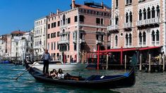 Reports of travelers facing huge charges have prompted Venice to rethink its approach to overpriced eateries. See how to avoid Venice's 'tourist trap' restaurants.