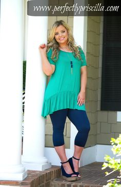 #green #navy #tunics #leggings #wedges #model #curvy #fashion #trendy #ppb #totallyppb #spring