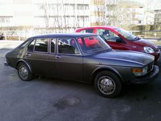 Saab 99 Finlandia. Extremely rare, about 10 made, and half of them with this middle window rather then the extended doors.