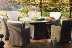 HILTON MINK 6 SEAT DINING SET – This luxury rattan patio furniture includes 6 comfortable chairs and a circular toughened glass table, all in a lovely mink colour. The premium table also includes a lazy susan, allowing you to entertain with ease. Rattan Garden Furniture Sets, Outdoor Furniture Sets, Outdoor Seating, Outdoor Sofa, Outdoor Decor, Round Glass Table Top, Circular Patio, Dining Set, Design Projects