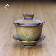 Gaiwans areconsidereda must have item for any tea enthusiast for theirversatility and no fuss practicality when one wishes to make a quick infusion or experiment the rewards of loose leaf infusi…