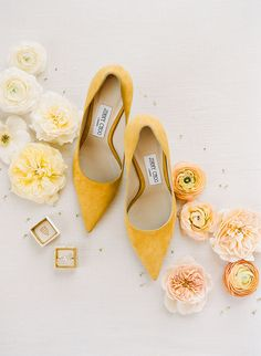 Jimmy Choo pumps for wedding day at Annadel Estate Winery with The Mrs. Pantone, Yellow Wedding Shoes, Colorful Wedding Shoes, Types Of Gowns, Wedding Dress Trends, Bridal Fashion Week, Mellow Yellow, Mustard Yellow, Bridal Shoes