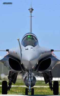 Jet Fighter Pilot, Air Fighter, Airplane Fighter, Fighter Aircraft, Military Jets, Military Aircraft, Air Force Wallpaper, Rafale Dassault, Modern Fighter Jets