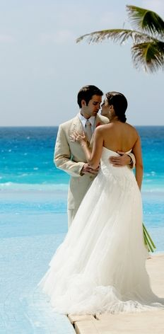 Palace Resorts Weddings in Mexico