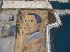 2008 - Barcelona, Spain EXPECTATION was a giant mandala in the likeness of Barack Obama made with 650 metric tons of sand and gravel created on a Barcelona beachfront administered by the Forum de las Culturas by Jorge Rodríguez Gerada
