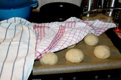 Hvetefrie grove rundstykker med solsikkekjerner – josefinesmatgleder Food And Drink, Baking, Bakken, Backen, Sweets, Pastries, Roast