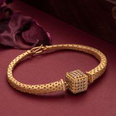 Gold Bracelet For Girl, Mens Gold Bracelets, Antique Bracelets, Antique Jewellery, Gold Ring Designs, Gold Bangles Design, Gold Jewellery Design, Diamond Jewellery, Jewelry Design Earrings