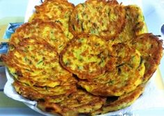 Quiche, Zucchini, Good Food, Dinner Recipes, Vegetables, Breakfast, Morning Coffee, Quiches, Vegetable Recipes