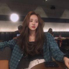 Kakel→ Guanlin - Top 10 Best Korean Hair Salon in Gardena, CA - Last Updated . My Hairstyle, Hairstyles With Bangs, Pretty Hairstyles, Korean Hairstyles Women, Haircuts Straight Hair, Medium Permed Hairstyles, Layered Haircuts, Korean Long Hair, Korean Hairstyle Long