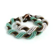 Alicja Kosarzewska - KoAla - Bead Crochet - 3 different sizes of TOHO beads create twist. (See 8 around pattern) #Seed #Bead #Tutorials